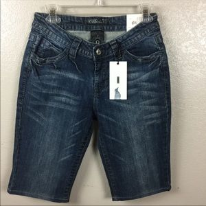 New Cello Denim Fleur de Lis Street Shorts Size 9